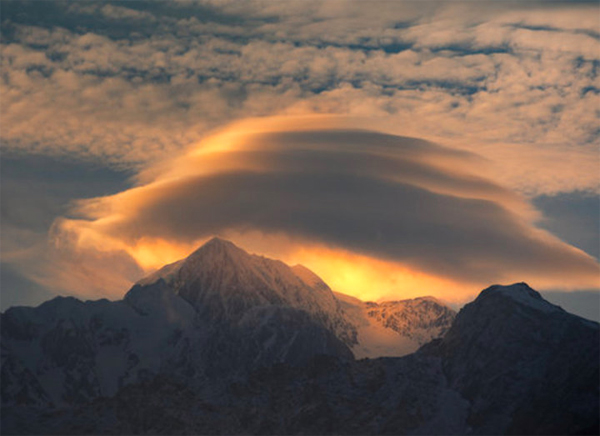 UFOs In The Clouds — Lenticular Clouds, That Is — Fire Our Imaginations Of Alien Visitors
