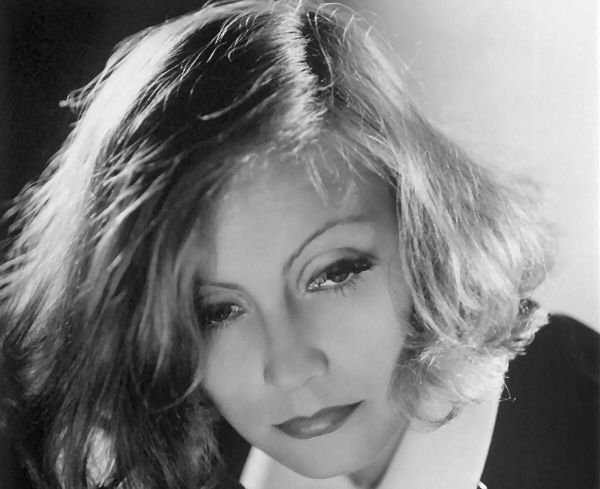 "Famous Quotes 1932: ""I want to be alone."" ~ Greta Garbo in ""Grand Hotel"""