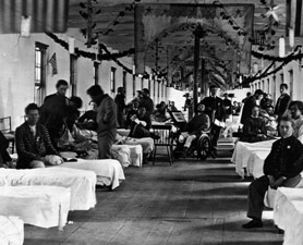 How the Civil War Changed Modern Medicine - A Civil War-era hospital filled with Union soldiers